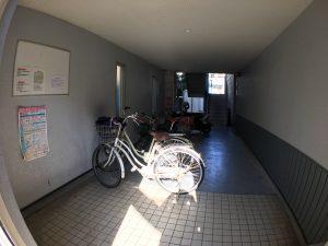 エントランス 自転車置場 エトワール旭天神 高知市旭天神町45-7